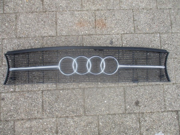 Audi 100 C2 Typ 43 Grill Kühlergrill Frontgrill