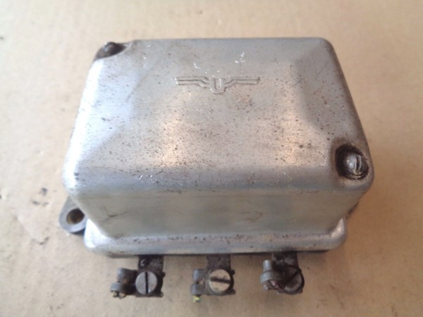 Vauxhall Victor F FB Lichtmaschinenregler voltage regulator 12V Bj.1957-66