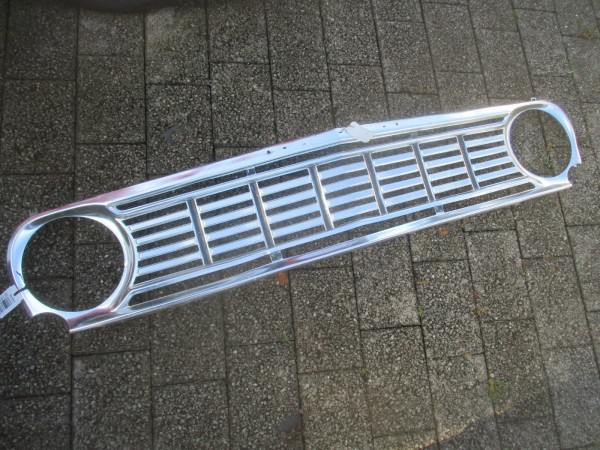 Vauxhall Victor FC 101 64-67 Front Radiator Grille Chrome Chrom ALU Kühlergrill