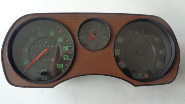 Volkswagen VW Passat B1 Typ32 33 Tachometer Tacho Kombiinstrument mit Uhr