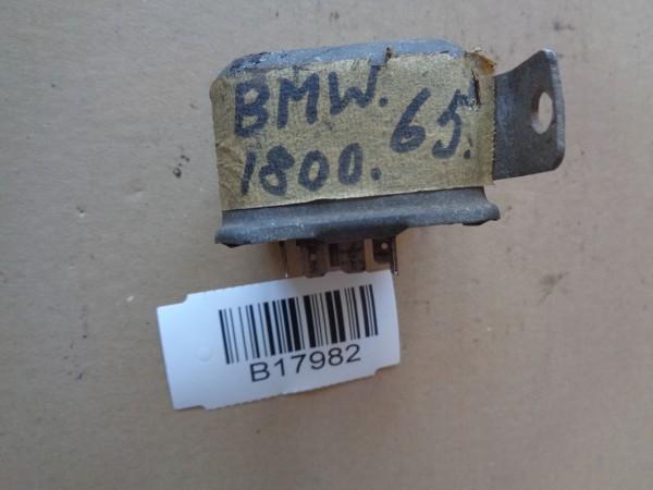 BMW 1800 Neue Klasse Regler Lichtmaschinenregler Hella 12Volt Bj.1965
