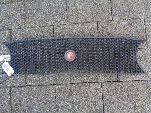 Fiat 124 Coupe Sport Sportcoupe Kühlergrill Grill Frontgrill original Bj.1971
