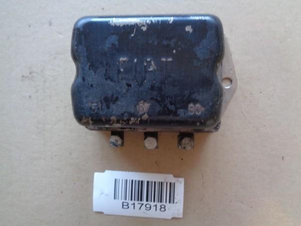 Fiat 500 600 770 Regler Generator Voltage regulator Lichtmaschinenregler 12V