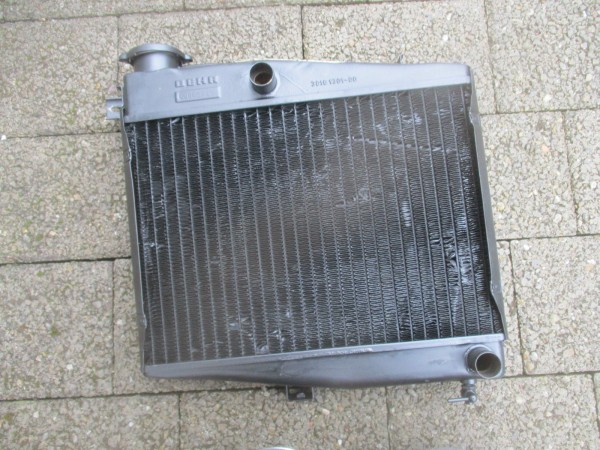 Kühler Wasserkühler Borgward Lloyd Arabella Behr 30161301-00